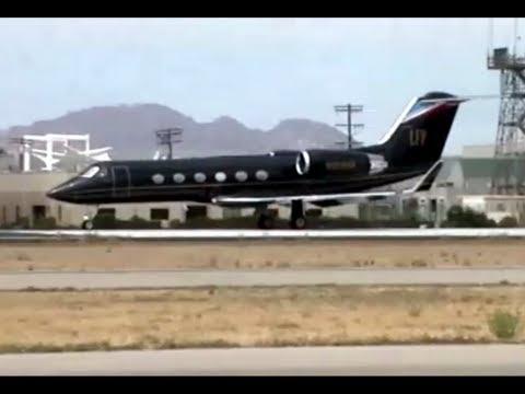 Gulfstream Aerospace G-IV N269HM Flynt Aviation Jet at Van Nuys Airport California