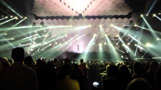 justin-timberlake-the-20-20-experience-opening