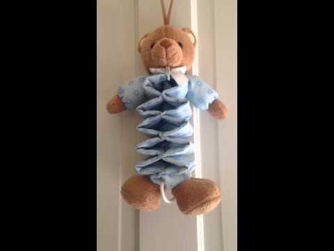 Teddy bear musical crib pull toy