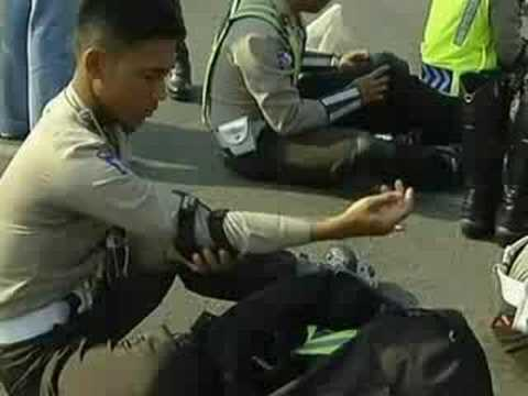 Jakarta's skating police