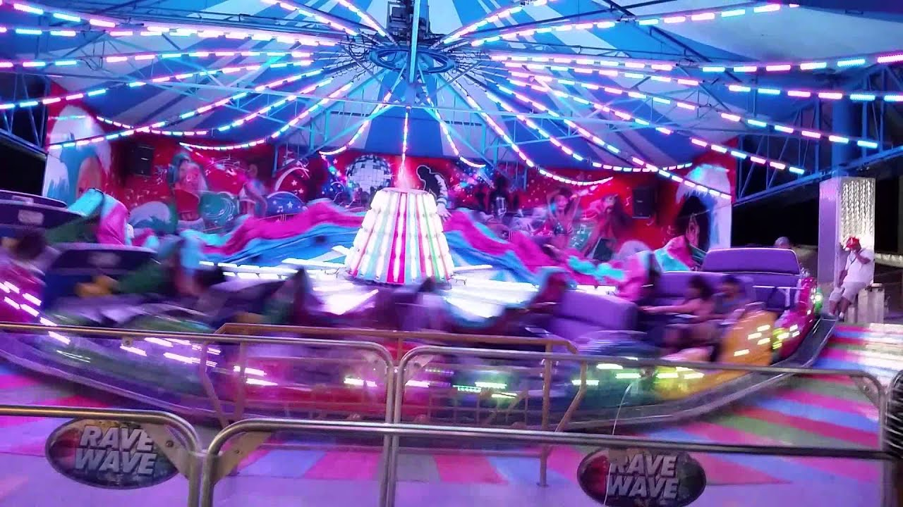 Orange County Fair ride Rave Wave - YouTube