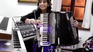 beatriz y su acordeon 2.MP4