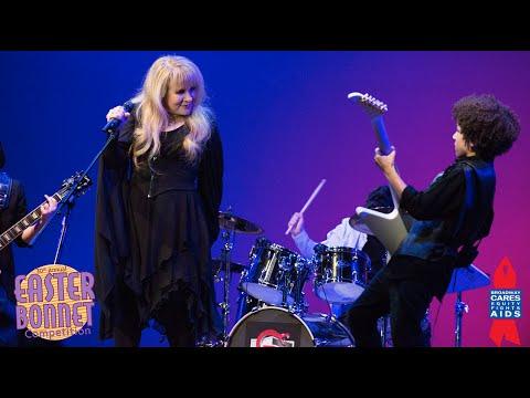 Stevie Nicks joins Broadways School of Rock  Easter Bonnet Competition 2016