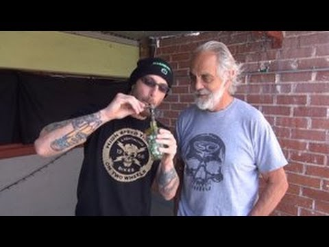 """Tommy Chong """"Dabs Hash Oil"""" 2nd hand w/ RVD on HashbarTV"""