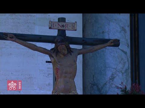 La preghiera del Papa per il mondo sofferente: 'Signore, non lasciarci in balia della tempesta'
