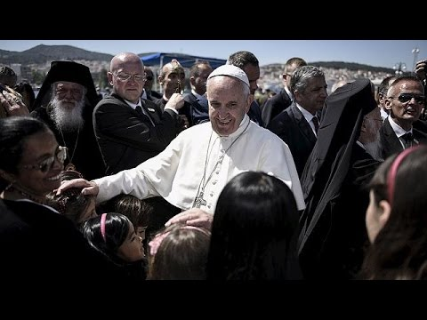 Pope Francis visits Syrian refugees on Lesbos: a