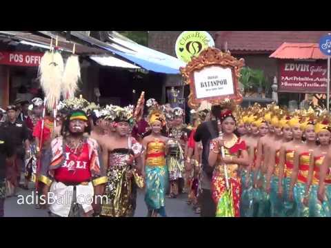 Cultural Parade SVF2013 - Banjar Batanpoh