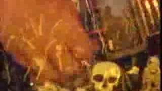 Slayer - South of Heaven (video with Lyrics)