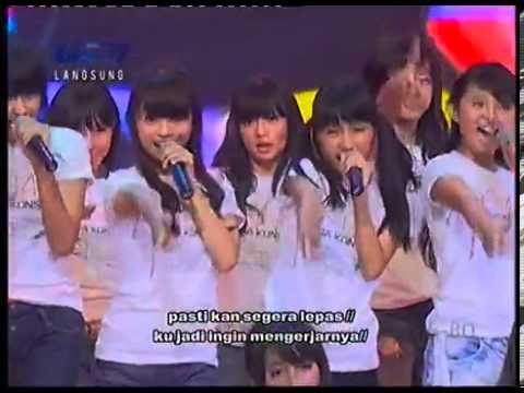 JKT48   Baby! Baby! Baby!+Lyric @ Mega Konser JKT48 RCTI 2012 07 17   YouTube