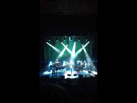 Fiona Apple - Sleep To Dream (Live)