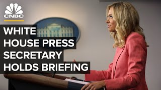White House Press Sęcretary Kayleigh McEnany holds briefing — 8/13/2020