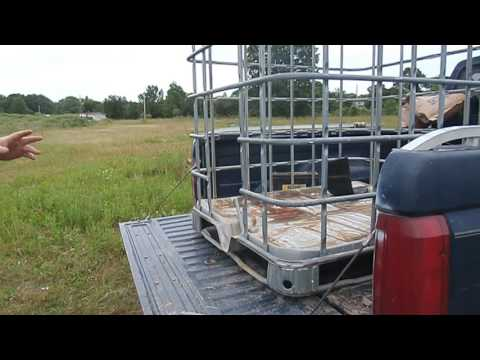 Mini Homestead News - Animal carrier for the truck