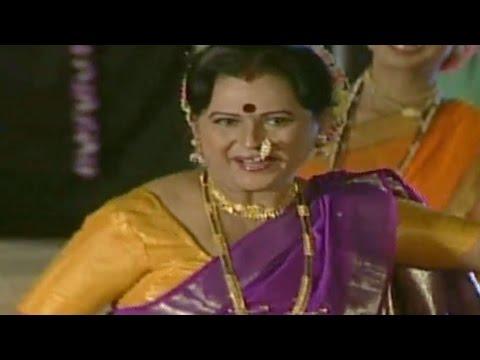 Suvasanichya Melyamandhi Aai Khelati | Maya Jadhav | Marathi Devotional Song