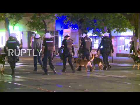 Serbia: Heavy police presence in Belgrade after night of protest against renewed COVID-19 lockdown
