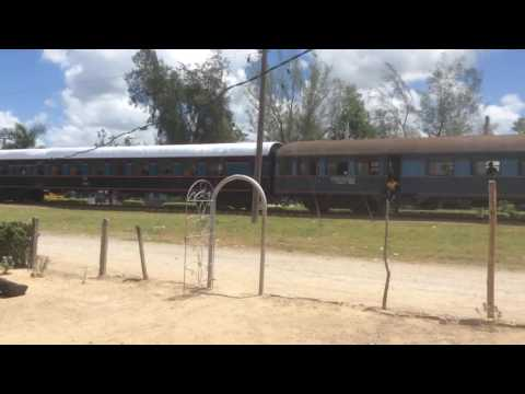 Loco 52568 calling at Calixto with the Santiago Santa Clara service July 2016 1
