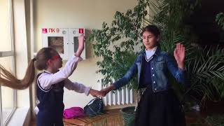 Пародия - Клип на песню Move Your Body Sia | Танцуем🌹🌺 | Best Friend's |