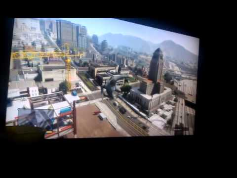 GTA V - Diving off of a crane.