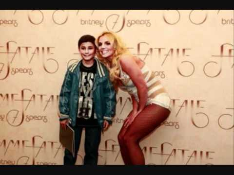 Britney spears femme fatale tour backstage meet greets youtube britney spears femme fatale tour backstage meet greets m4hsunfo