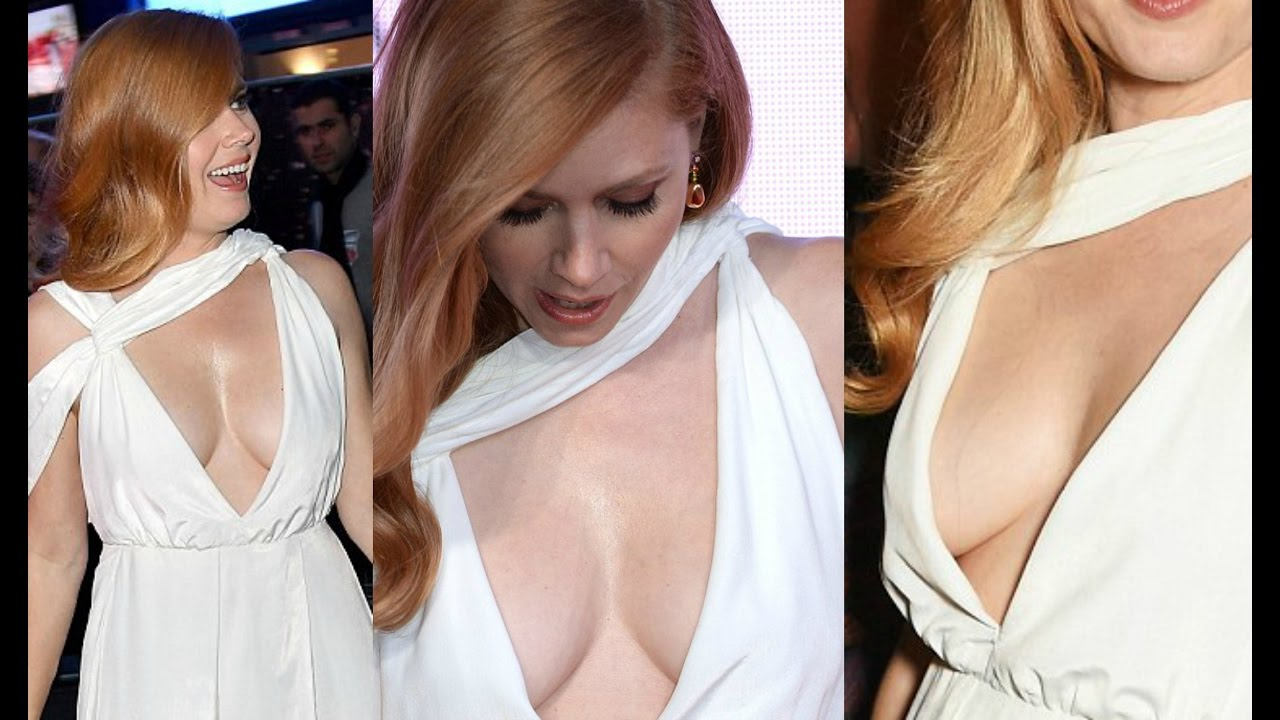 HOT Amy Adams Cleavage Show At Arrival Movie Premiere In ... Amy Adams