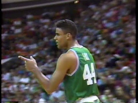 Rick Fox (31pts) vs. Hawks (1991)