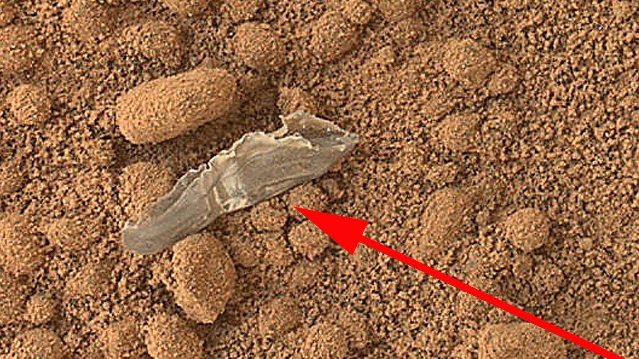 Object in Mars Curiosity Photo Close Up Color HD - YouTube
