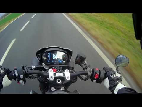 FIRST ride of the Triumph Street Triple 765 – world launch report