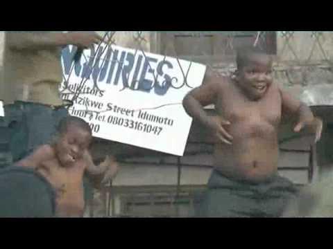Điệu nhảy hài hước của trẻ em Nigeria