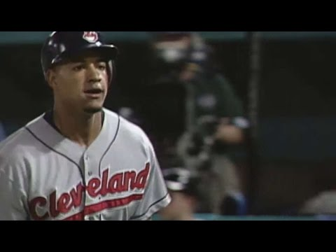 1997 WS Gm1: Ramirez drills a solo homer in the 5th