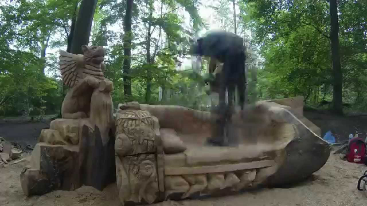 Chainsaw dave time lapse sculpture griffin
