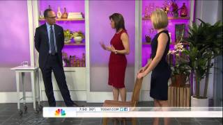 Dylan Dreyer - big round butt & tiny waist - side view - The Today Show