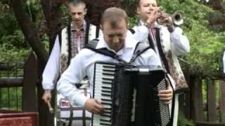Orchestra Fratilor Advahov-Hora Mare.mpg