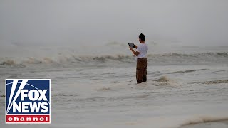 Hurricane Michael's rain, winds pound Panama City Beach