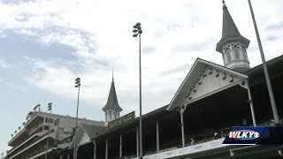 Champions Day attracts locals to Churchill Downs