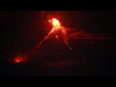 Tens of thousands flee as lava oozes from Philippine volcano