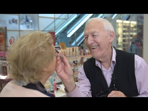 Robin Rock - He's learning about makeup at 83
