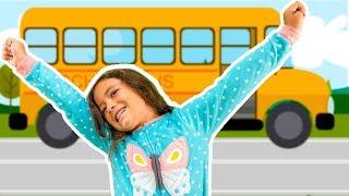 Wheels on the Bus En Español! Las Ruedas  del Autobus