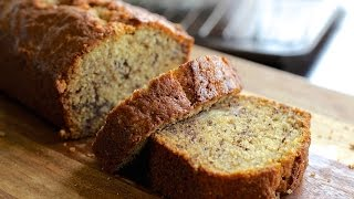 Lilys Easy and Moist Banana Bread Recipe - Hot Chocolate Hits