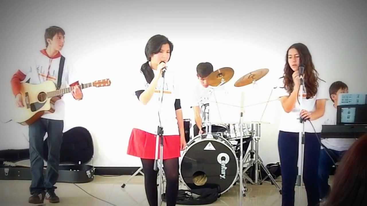 Bandas juveniles de Rock en Bogotá - Escuela de Música Rodrigo Leal - YouTube