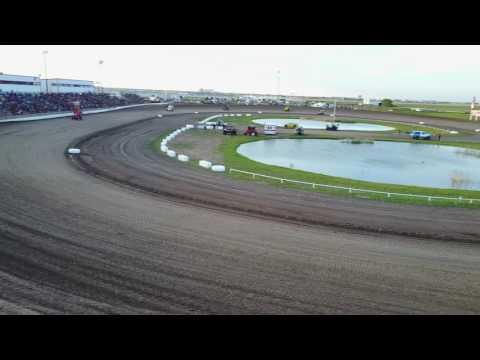 Route 66 Motor Speedway Sprint Car opener 5-13-17