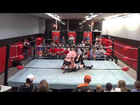 "ETW Unfiltered: Championship Match! Andrew ""The Benchmark"" Boyd vs Aidan Brady (12.12.15)"