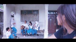 Video Akibat Nikah Muda (Film Pendek) download MP3, 3GP, MP4, WEBM, AVI, FLV April 2018