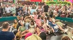 Teufelsrad Damen Fahrt Oktoberfest 2019 / Erster Wiesn Donnerstag / Mad Girls / Sexy Girls / Porn