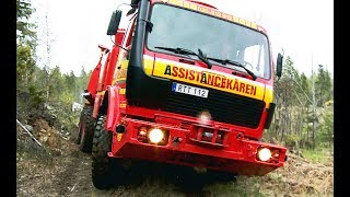 Repeat youtube video Mercedes 6x6 Recovery Truck VS Excavator - Arosbärgarna & Terribärgarn