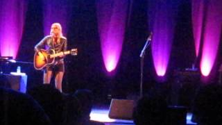 Aimee Mann - Going Through the Motions (Live @ Aula Magna, Lisbon 8/11/2013)