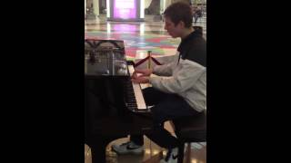 Belarus Minsk Stolica Shopping Center Piano Show