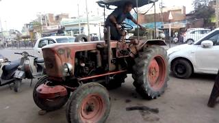 Antique T25 XT3 tractor Model 1970 full feature & specification
