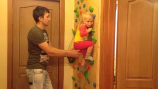 Home climbing wall. Домашний скалодром.