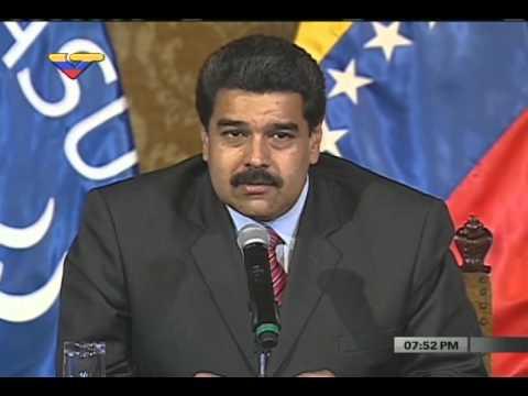 Rueda de prensa completa Santos - Maduro- Tabaré - Correa en Quito