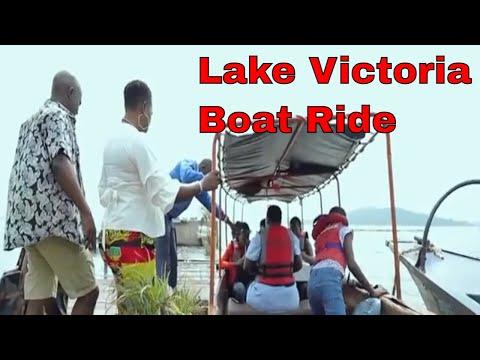 where-to-stay-in-uganda-(lakeside-escape)