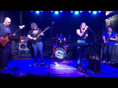 Tiers ... Live performance at FUBAR St Louis Missouri Original Artists
